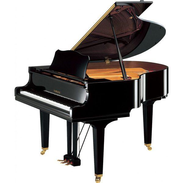 Yamaha GC1 Grand Piano